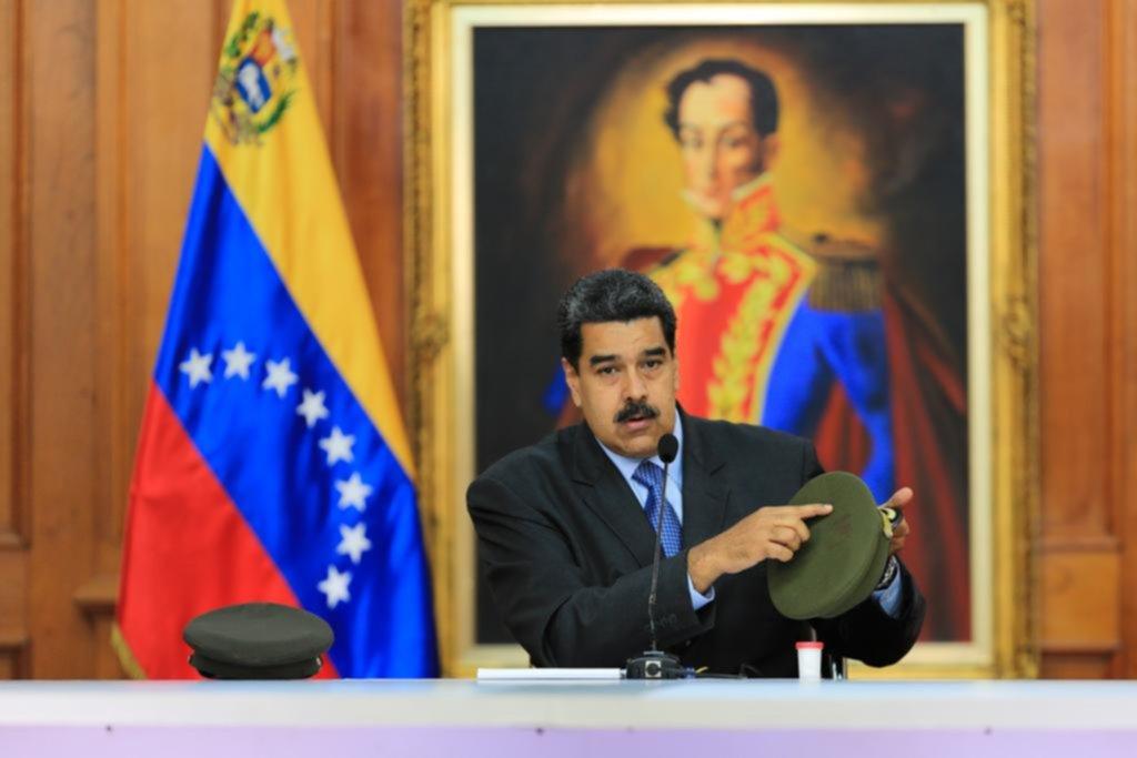 Dos diputados opositores serán enjuiciados por 'atentado' a Maduro