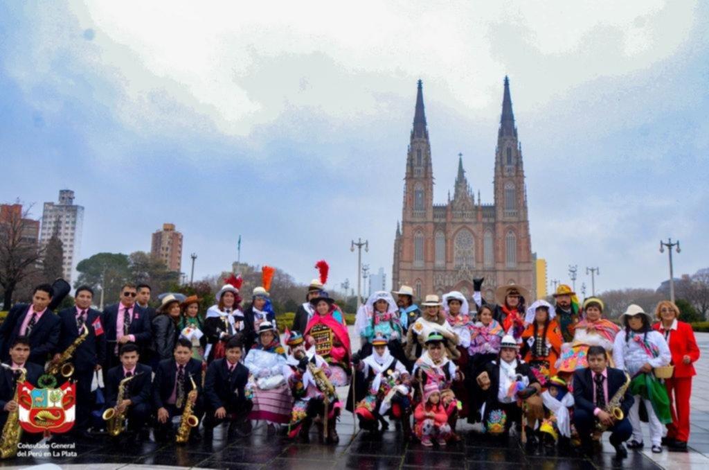 Vida y obra de peruanos que La Plata adoptó