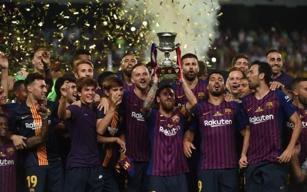 El Barcelona ganó la Supercopa de España venciendo 2-1 al Sevilla
