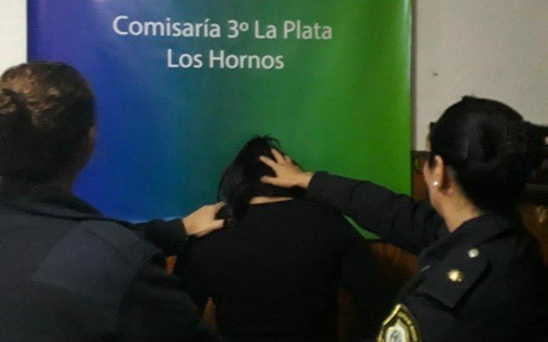 Rescatan a una mujer que fue atada y golpeada por su ex pareja