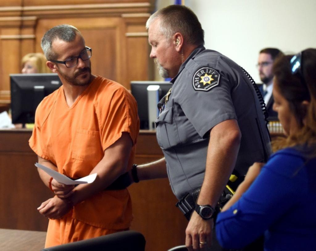 Arrestan al padre que confesó haber asesinado a sus dos hijas y su esposa embarazada