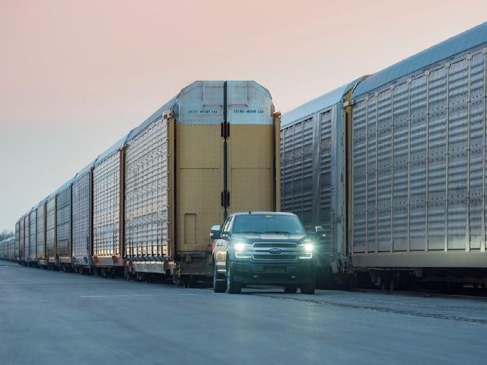 Ford demostró la potencia de su pick-up F-150