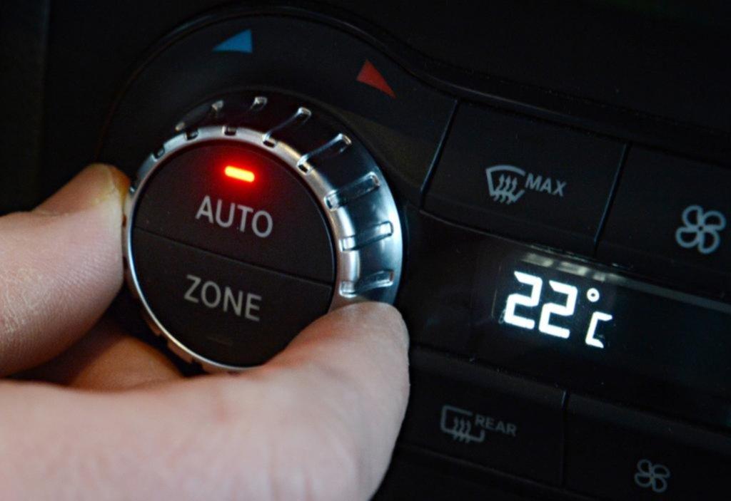 ¿Cuánto combustible consume la refrigeración o la calefacción?