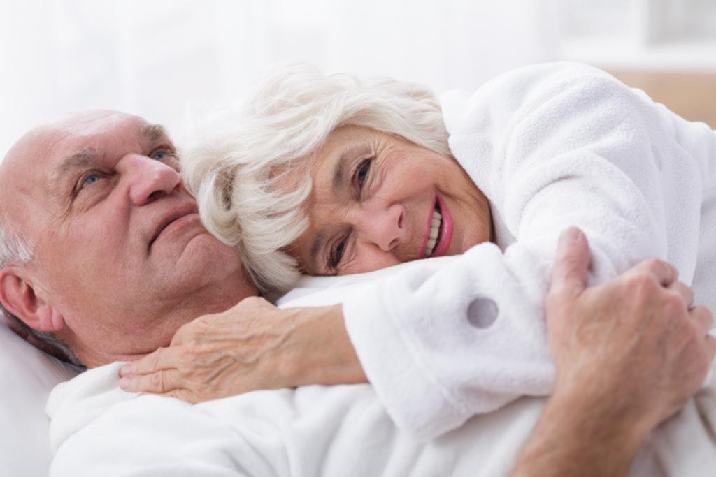 Uno de cada tres adultos mayores dice llegar al orgasmo siempre que tiene sexo