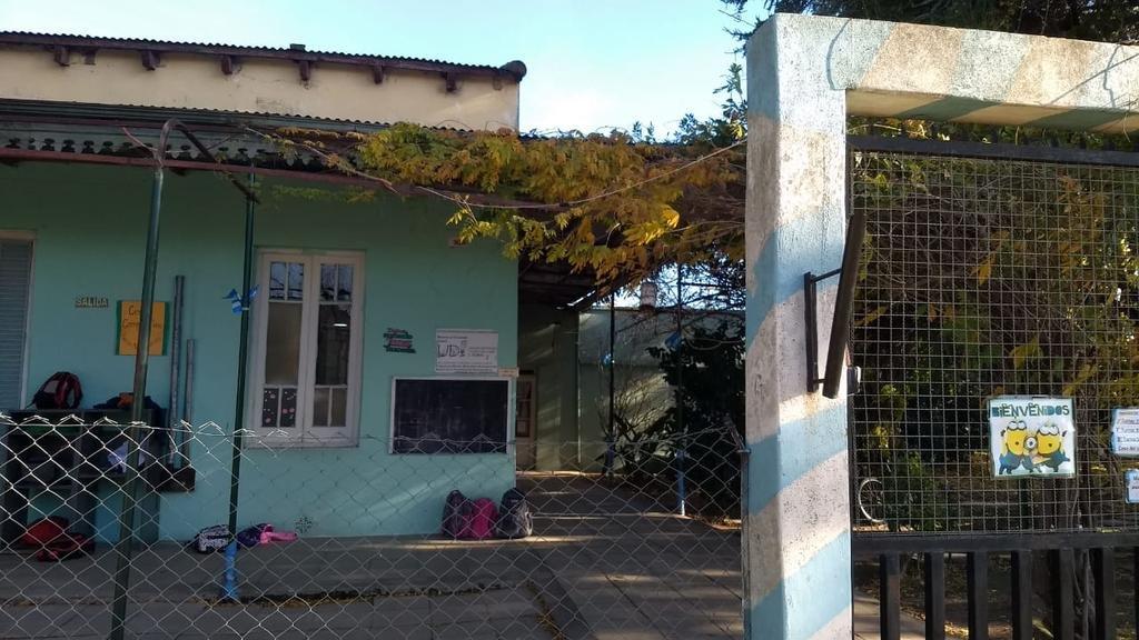 Piden auxilio para evitar que se quede sin su sede la Casa del Niño de Lisandro Olmos