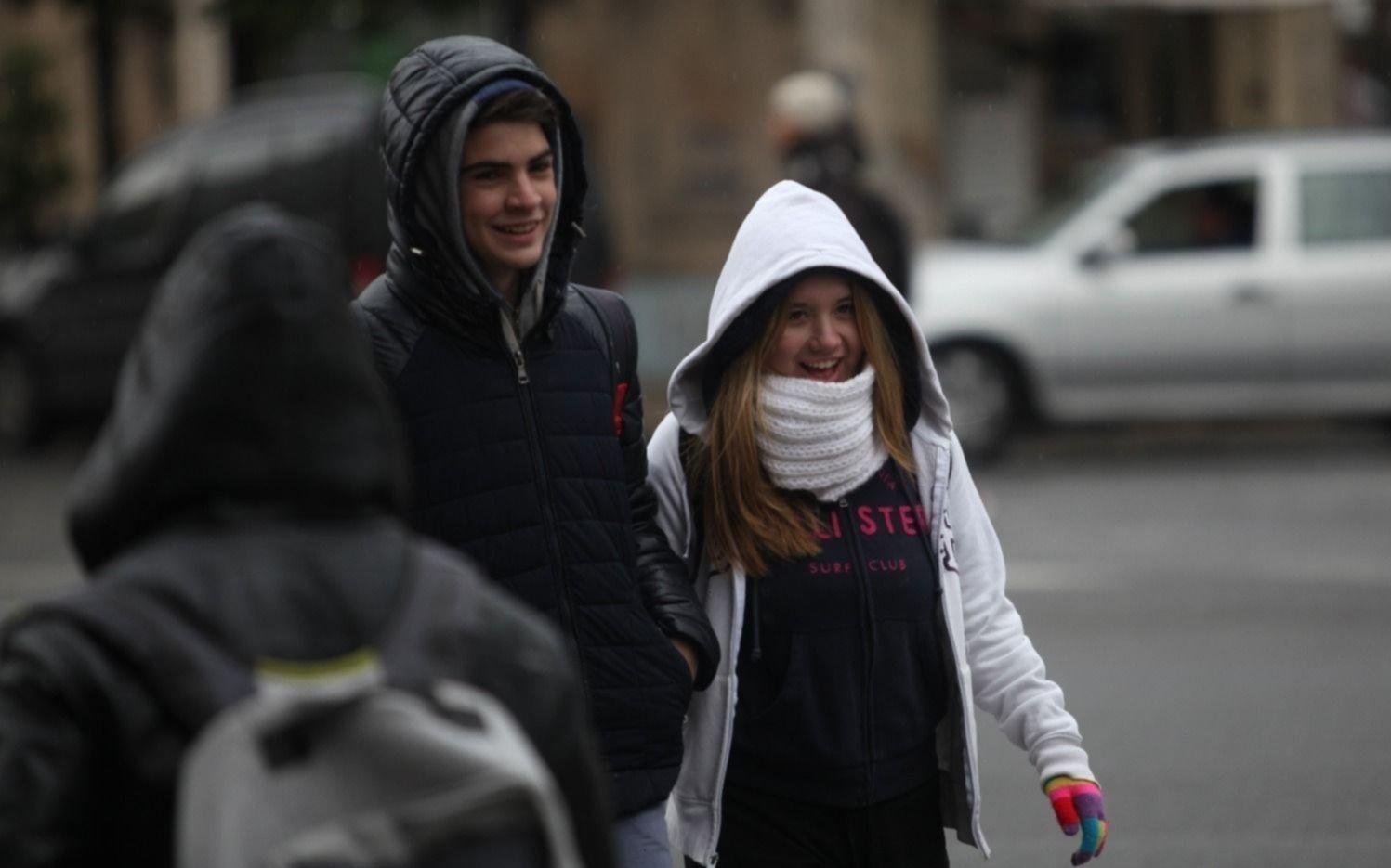 """Las bajas temperaturas seguirán hasta el jueves por irrupción de """"aire frío polar"""""""