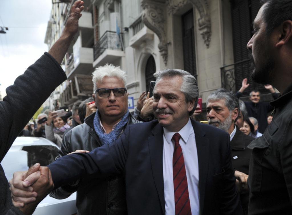 Alberto Fernández y Cristina buscan que Macri pague el costo de la crisis