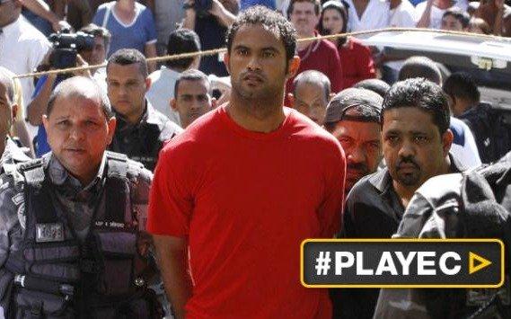 Un club quiere contratar a un jugador preso por matar a su ex pareja