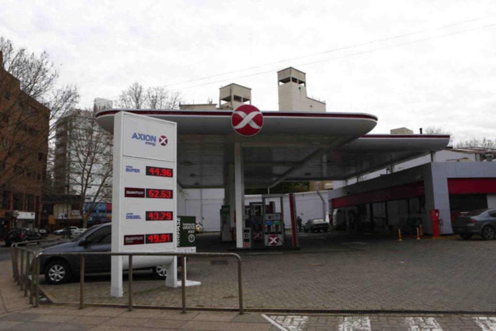 Congelamiento de combustible: las provincias petroleras van a la Corte