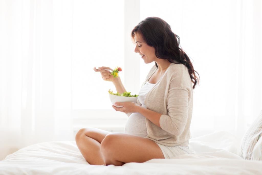 Aseguran que la dieta vegana aporta todo lo necesario durante la gestación