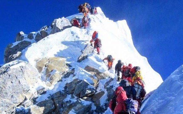 Nepal prohibió los plásticos de un solo uso en la región del Everest