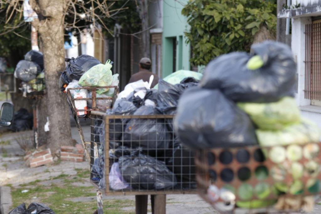 Berisso tapada de basura por una retención de tareas de los municipales