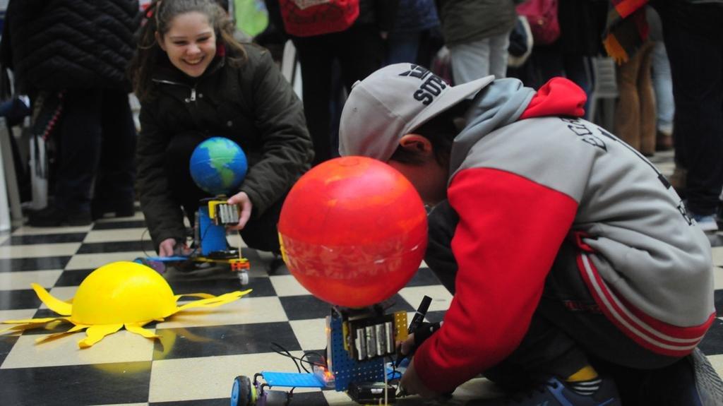 Un festival educativo con ciencia, arte y tecnología