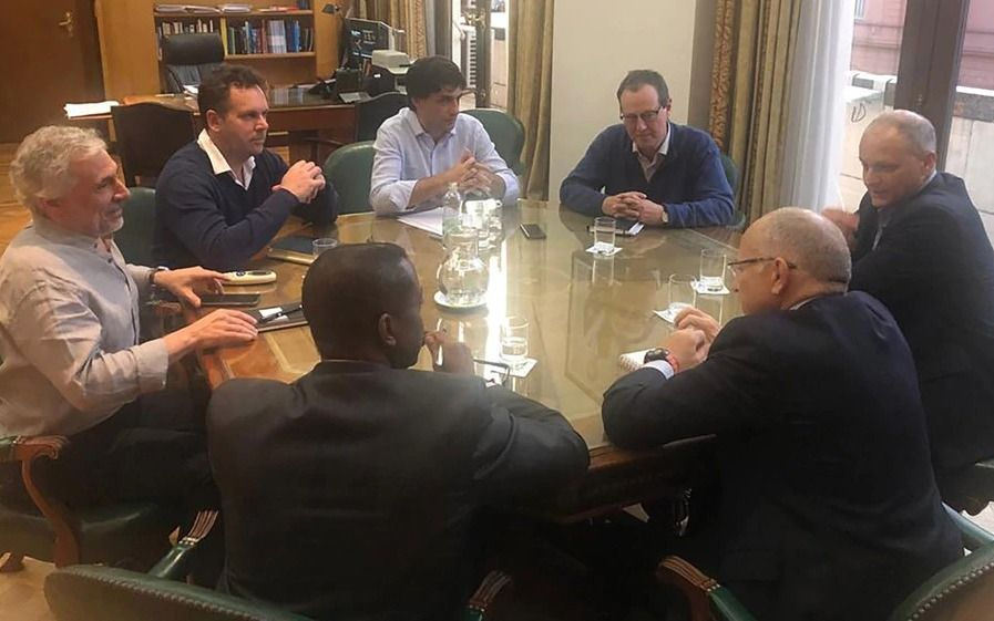 Lacunza confirmó que el FMI entregará el desembolso previsto