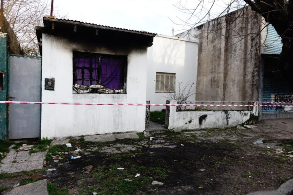 Un chico de 14 años murió calcinado al arder el cuarto en el que dormía con su hermanita