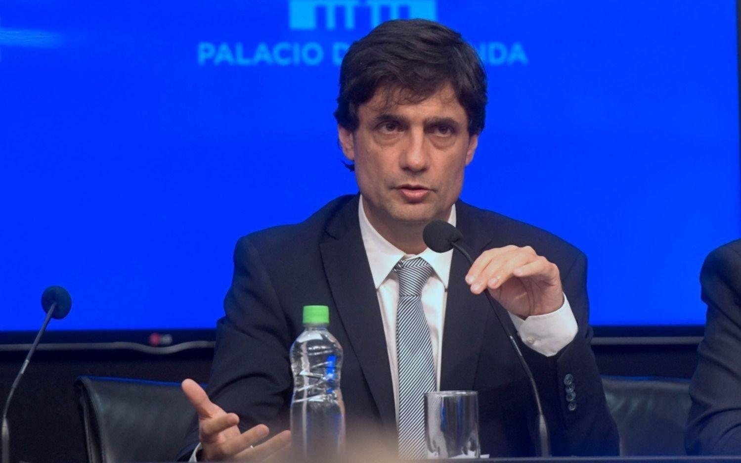 """Lacunza auguró que la inflación """"será similar"""" a la del año pasado: 47%"""