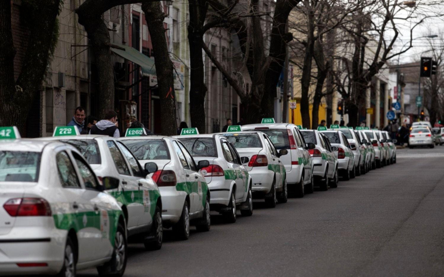 Preocupación entre los taxistas: los viajes y recaudaciones bajaron un 36% en el primer semestre