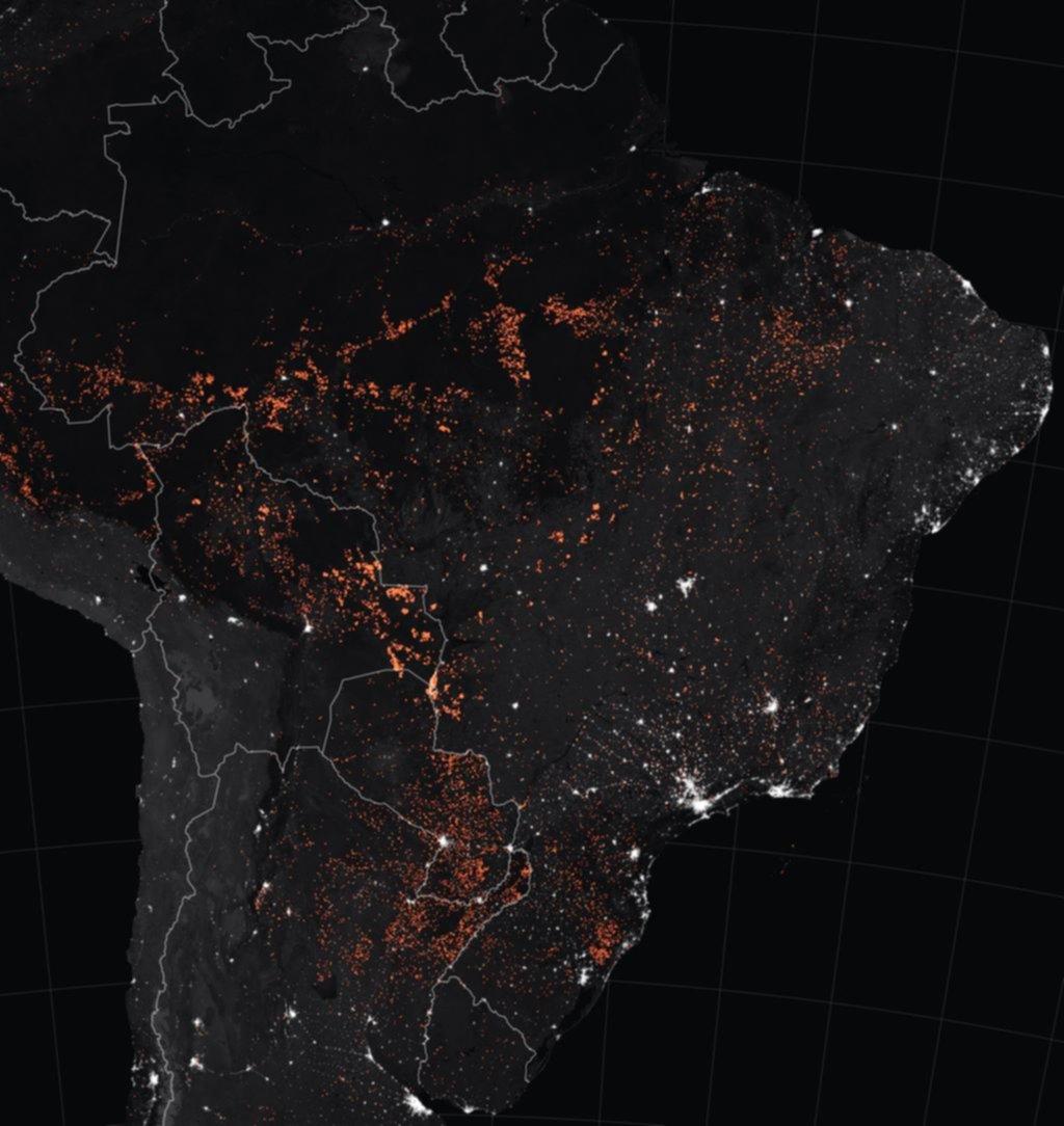 El fuego avanza sin control en la Amazonia y se multiplican los pedidos de ayuda urgente