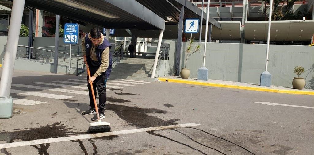 Dos mujeres muertas y un hombre herido por un tiroteo en la terminal de Córdoba