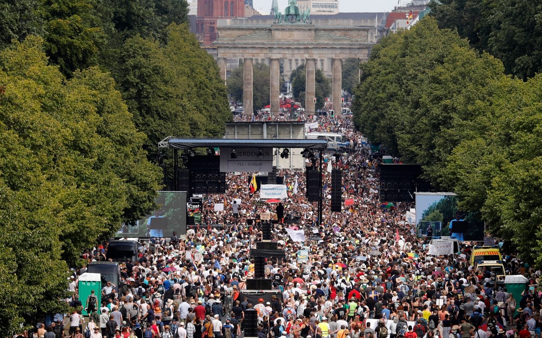 COVID-19 en Alemania: masivas protestas por las restricciones y aumento de los casos