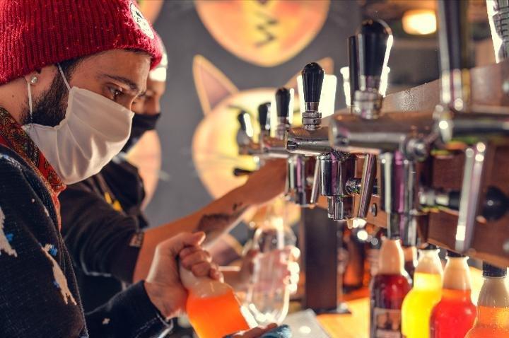 Cervecerías artesanales, del boom local a afrontar una caída del 80% de las ventas