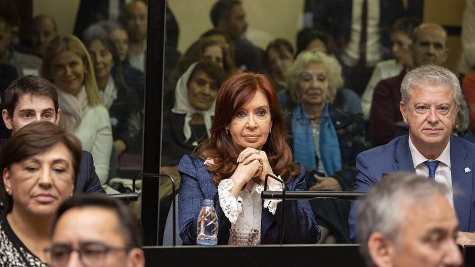 Reanudan el juicio oral contra Cristina Kirchner por las obras públicas en Santa Cruz