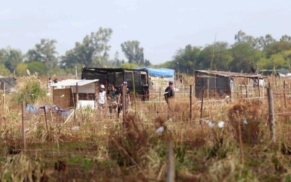 Denuncian ataque a un patrullero en otro episodio violento en torno a las usurpaciones en La Plata
