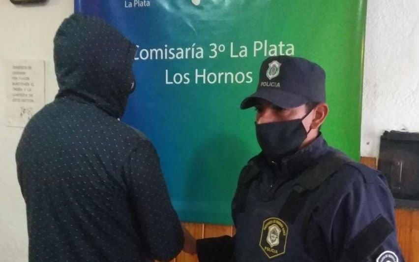 """Detuvieron a """"Poroto"""", el acusado de matar de un joven de 17 años en Los Hornos"""