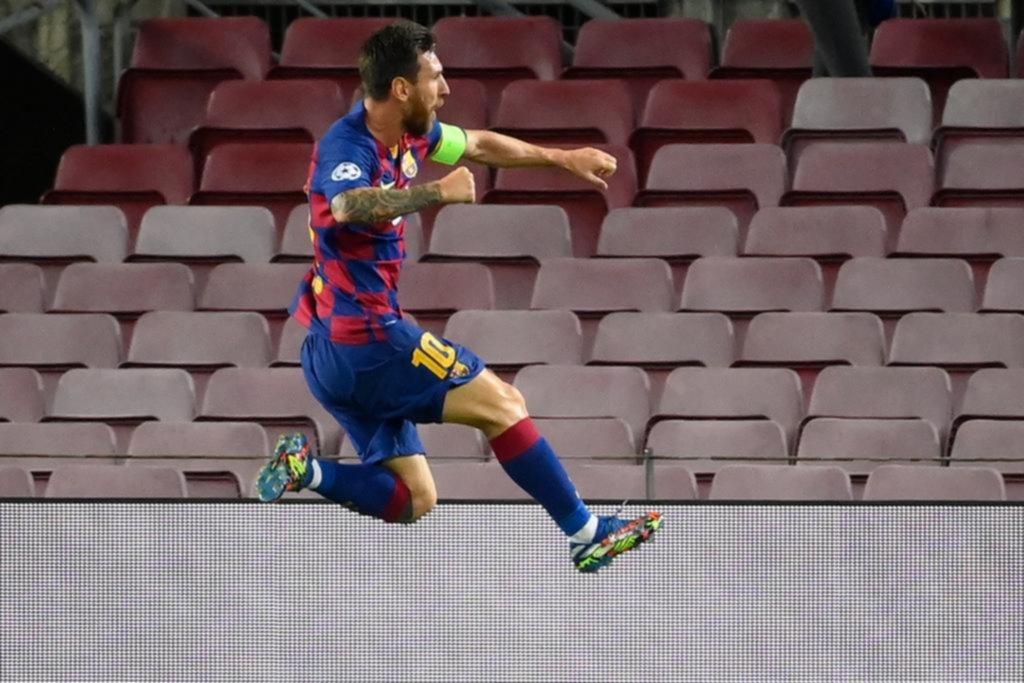 Messi guió al Barça a Cuartos