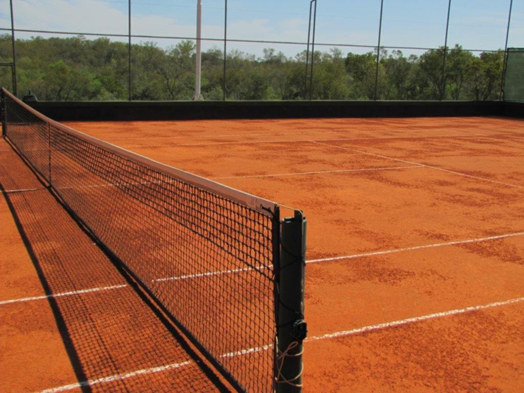 La Provincia desmiente a la AAT y el tenis no tiene fecha de regreso