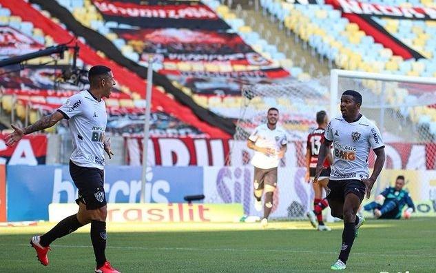 Atlético Mineiro, del DT argentino Sampaoli, derrotó a Flamengo en inicio del Brasileirao