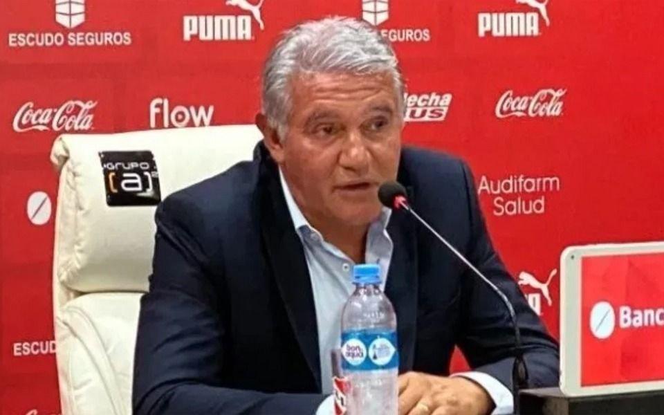 """Burruchaga calificó al Covid-19 como """"un bicho de mierda que te caga la vida"""""""