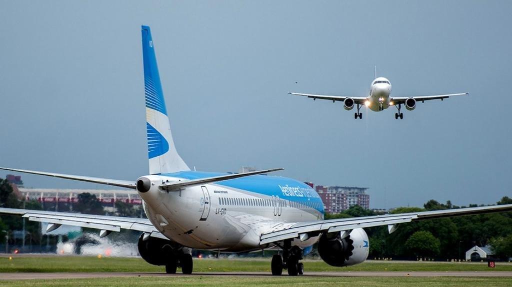Marcha atrás con los vuelos: las compañías aéreas no operarán desde el 1º de septiembre