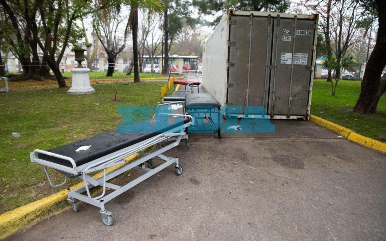 En la Provincia alquilaron containers para usar como morgues en caso de colapso
