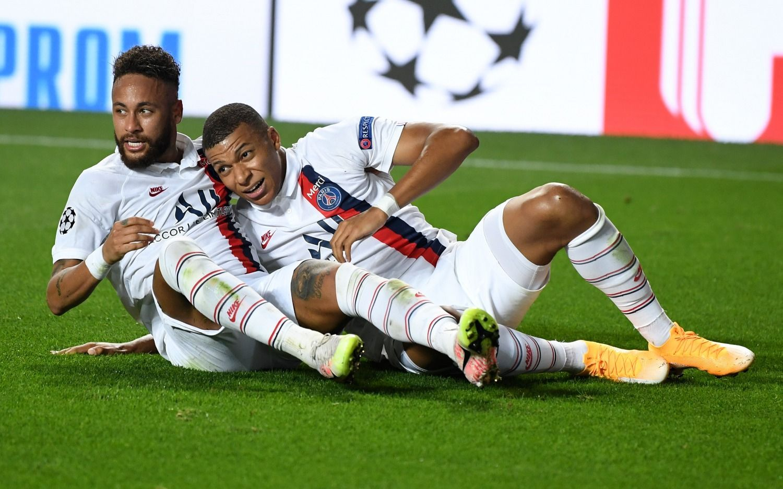 PSG se lo dio vuelta en el final al Atalanta y pasó a semifinales de la Champions