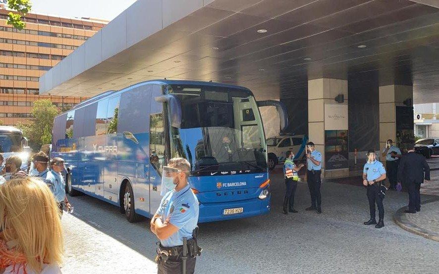 Barcelona, con Messi a la cabeza, ya se instaló en Lisboa