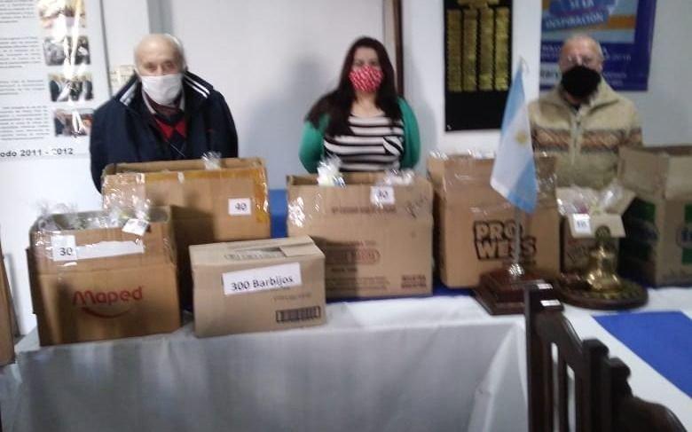 Donaciones del Rotary Club de Ensenada por el Día del Niño