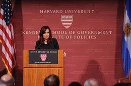 """CFK: """"Chicos, estamos en Harvard, esas cosas son para La Matanza"""""""