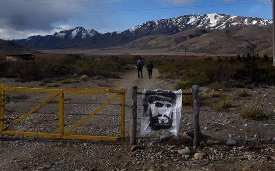 """Inspeccionaron un sector de """"tierra removida"""" en la comunidad mapuche"""
