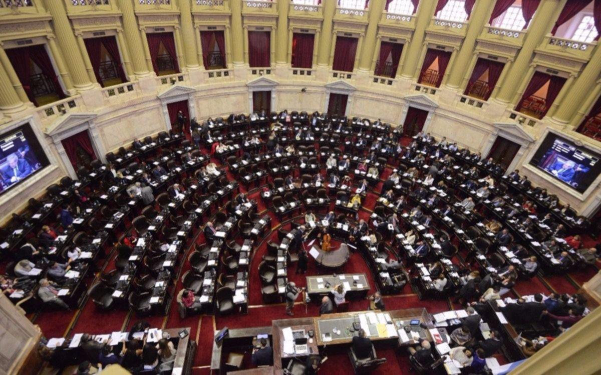 Diputados dio media sanción a un proyecto para reestablecer los feriados puente