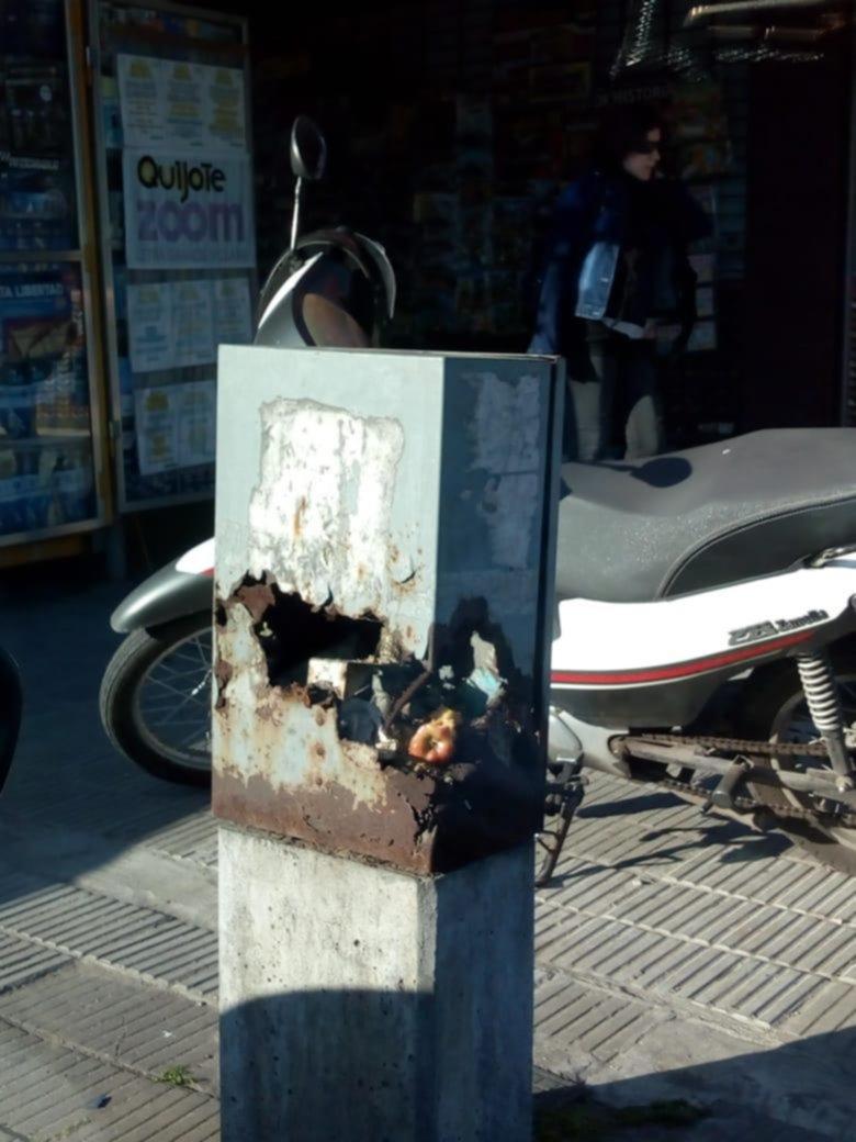 Inquietud por el deterioro de una cabina de la red eléctrica