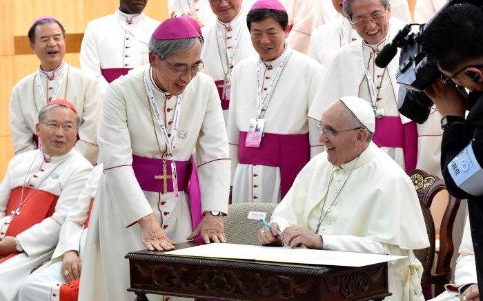 El Vaticano anuncia acuerdo histórico con China sobre designación de obispos