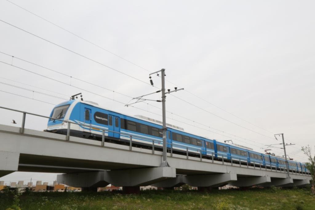 Invertirán $2.800 millones para modernizar el sistema de señales y controles del tren Roca