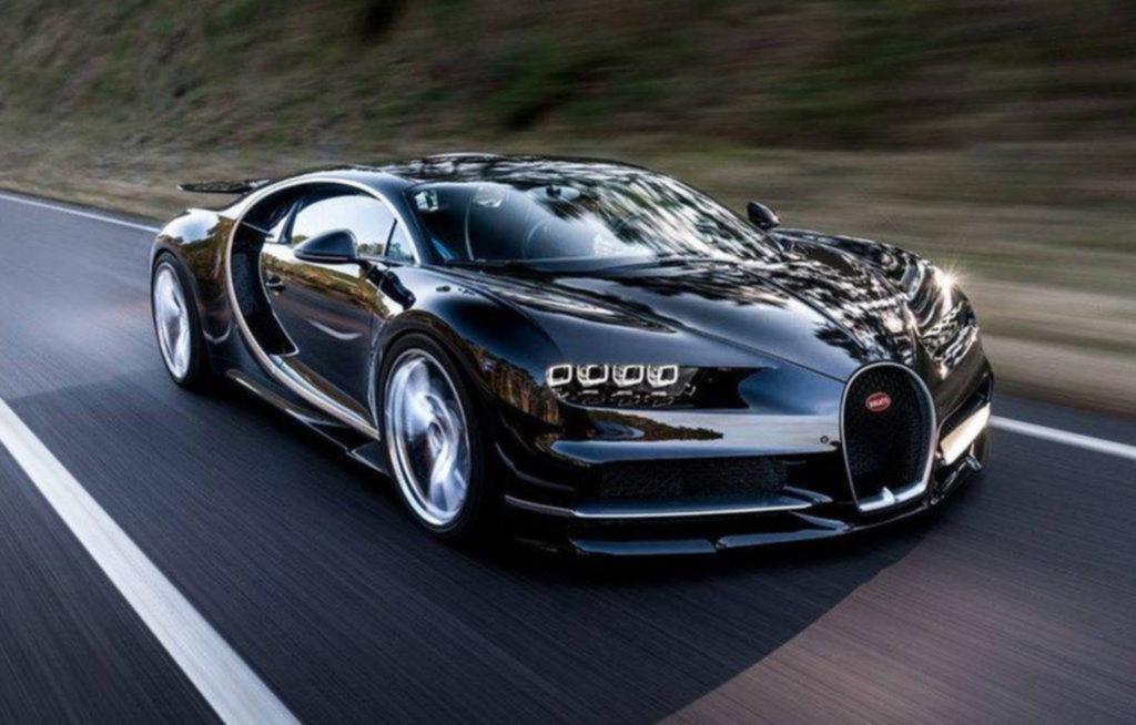 El Bugatti Chiron superó la barrera de los 490 km por hora
