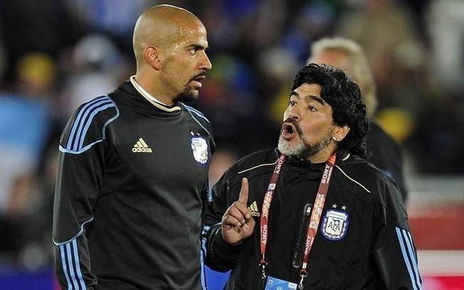 """Verón: """"Me alegra que alguien como Maradona tenga la chance de dirigir"""""""