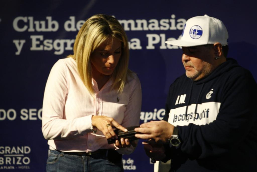 """Nadie se quiso perder al """"10"""": medios de todas partes del mundo estuvieron en La Plata"""