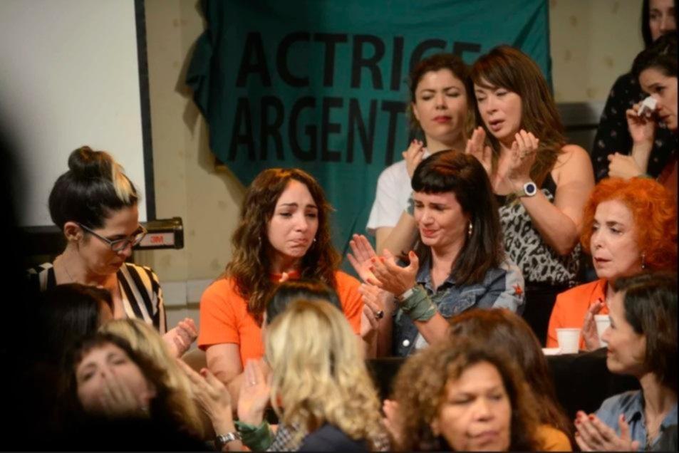 Vuelven al ataque: el colectivo de actrices hará otra denuncia pública de acoso sexual