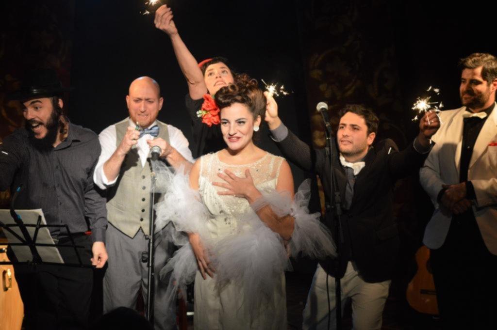 """""""Sinfonicario del amor"""" y La Franela abren el ciclo Teatro por la Identidad"""