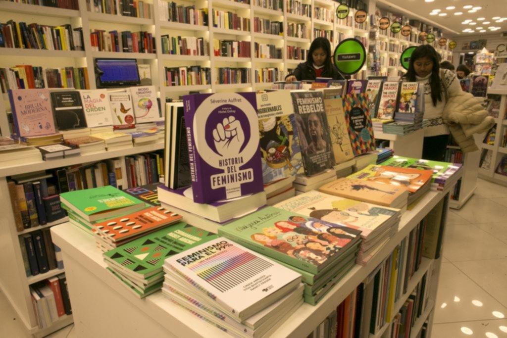 En La Plata, los libros sobre diversidad sexual y género resisten la crisis editorial
