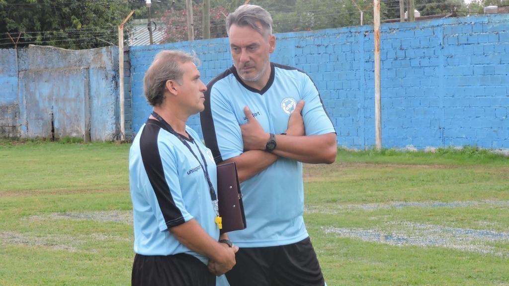 San Carlos realizó trabajos tácticos, pero el técnico aún no confirmó el once titular